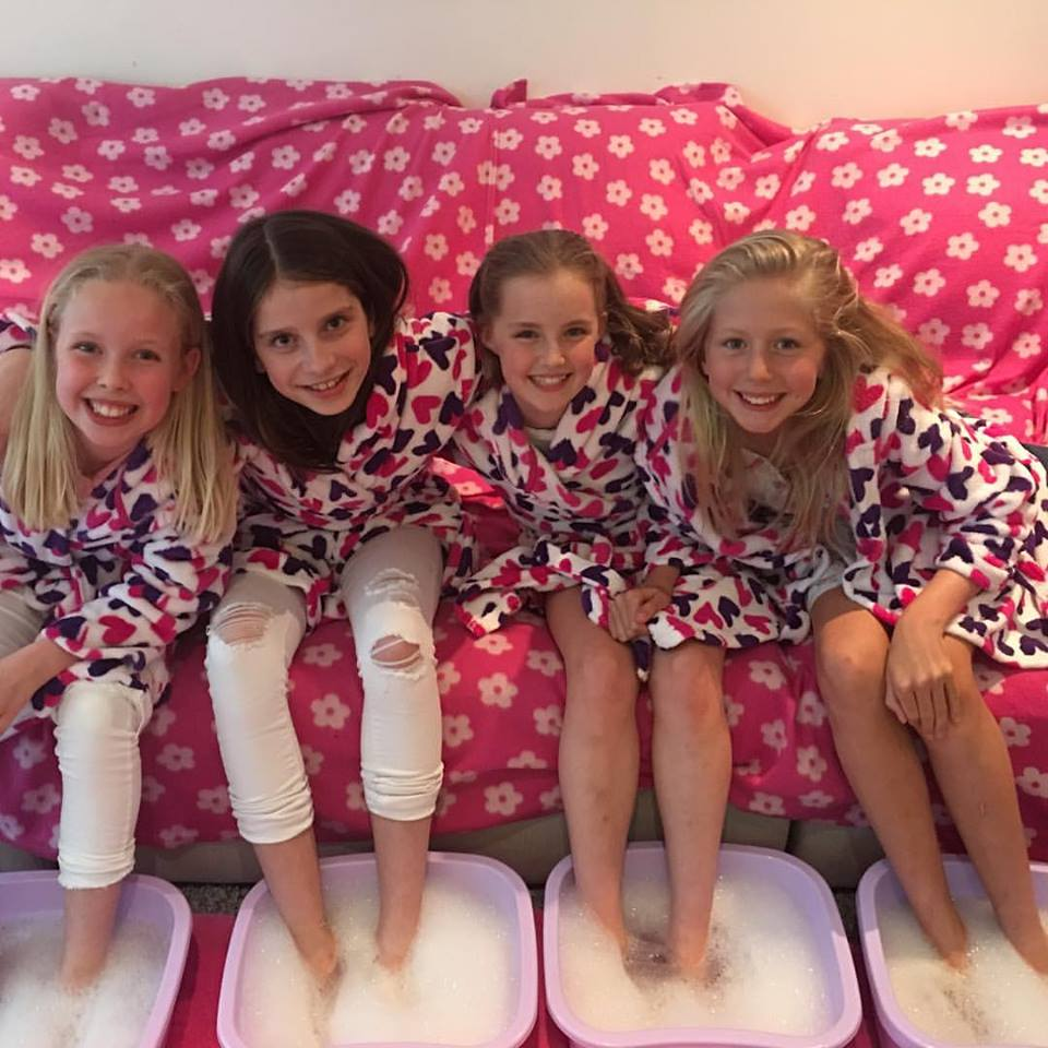 Now Offering Girls Spa, Makeover & Pamper Pamper Parties In Sussex